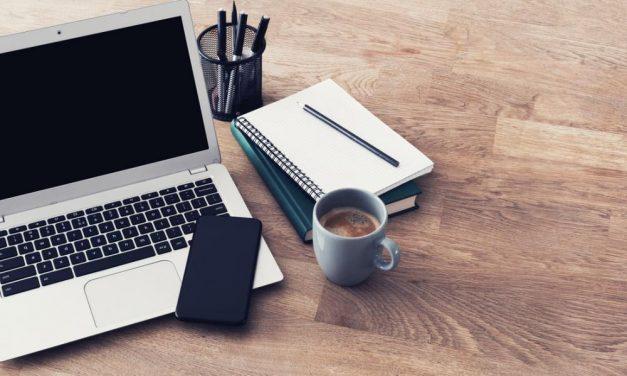 Top 10 beste laptops voor studenten (2021)   Studie & School